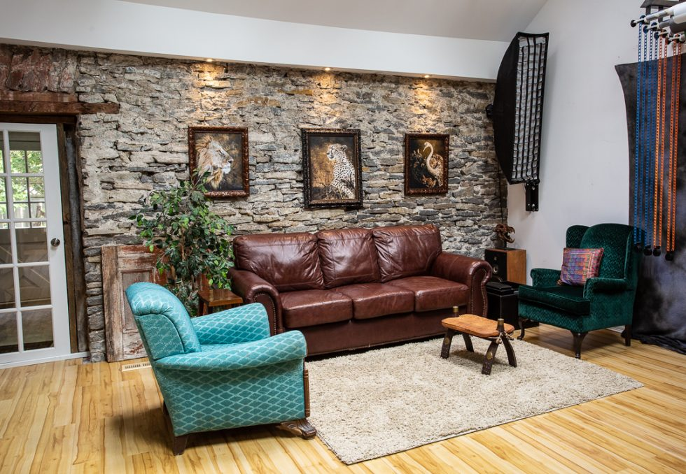 relaxing lounge area in photo studio